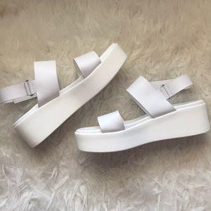 c0dd550a8e2 Steve Madden Shoes - ✨BRANDNEW✨ steve madden rachel white platform